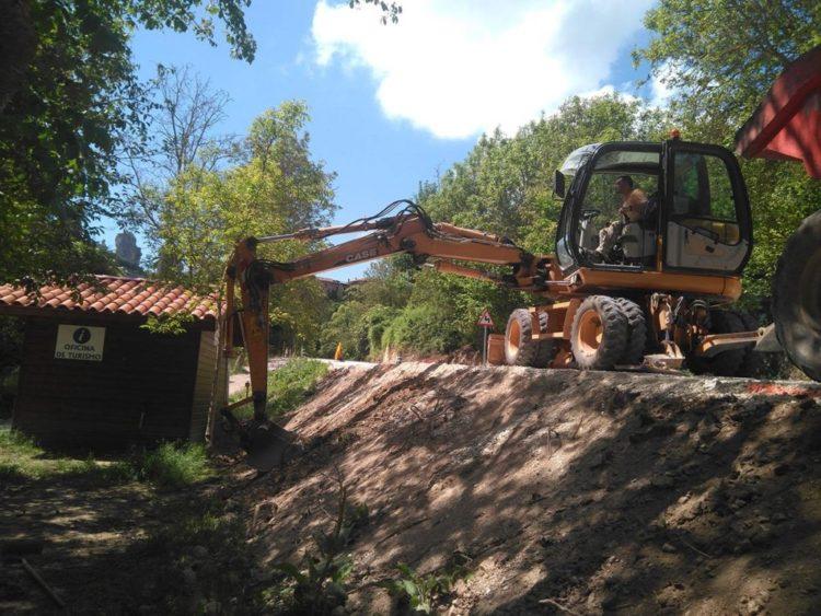 Orbaneja del Castillo aparcamiento y reparación de accesos
