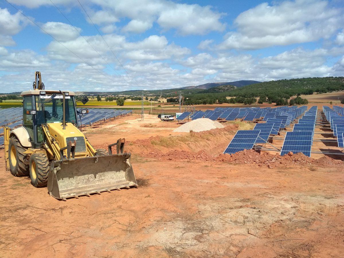 Red de drenaje en Parque solar Campolara